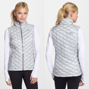 The North Face Thermoball Gray Vest Sz S